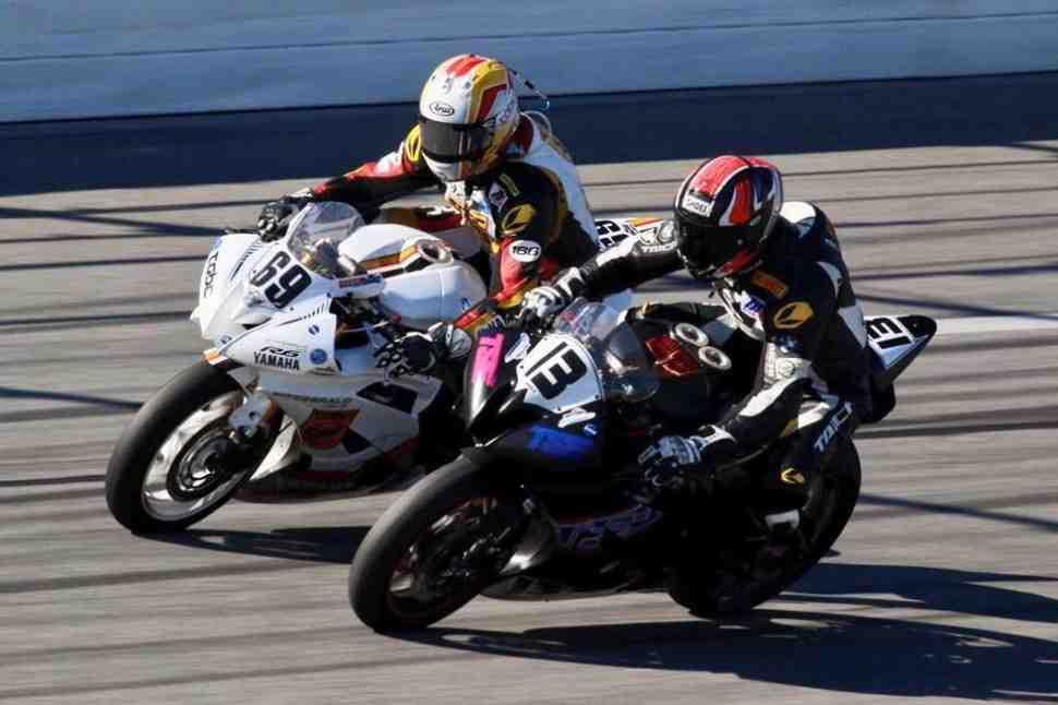 MotoAmerica: Гоночный сезон в США открыт - Денни Эслик выиграл Daytona 200