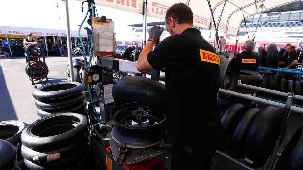 WSBK: Новые квалификационные Pirelli поднимут градус борьбы на Superpole 2