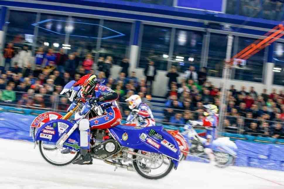 Колтаков увеличил преимущество до 10 очков в решающий день FIM Ice Speedway Gladiators 2017