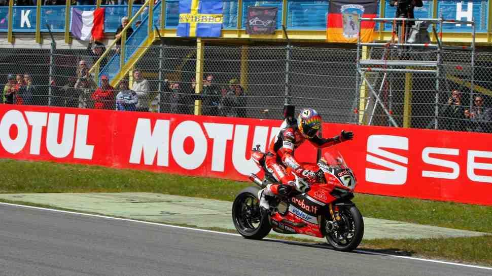 WSBK: Ducati принесла извинения Чазу Девису за поломку мотоцикла в Ассене