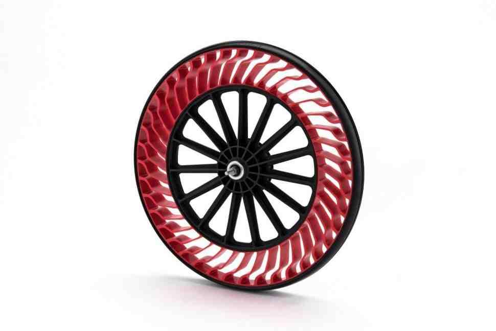Bridgestone готовится представить массовую концепцию безвоздушных колес
