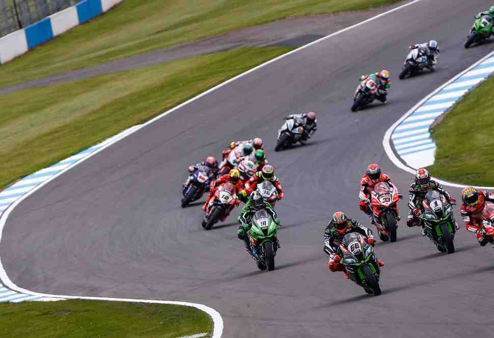 WSBK: Новый шанс Ducati - стартовая решетка 2й гонки в Донингтоне
