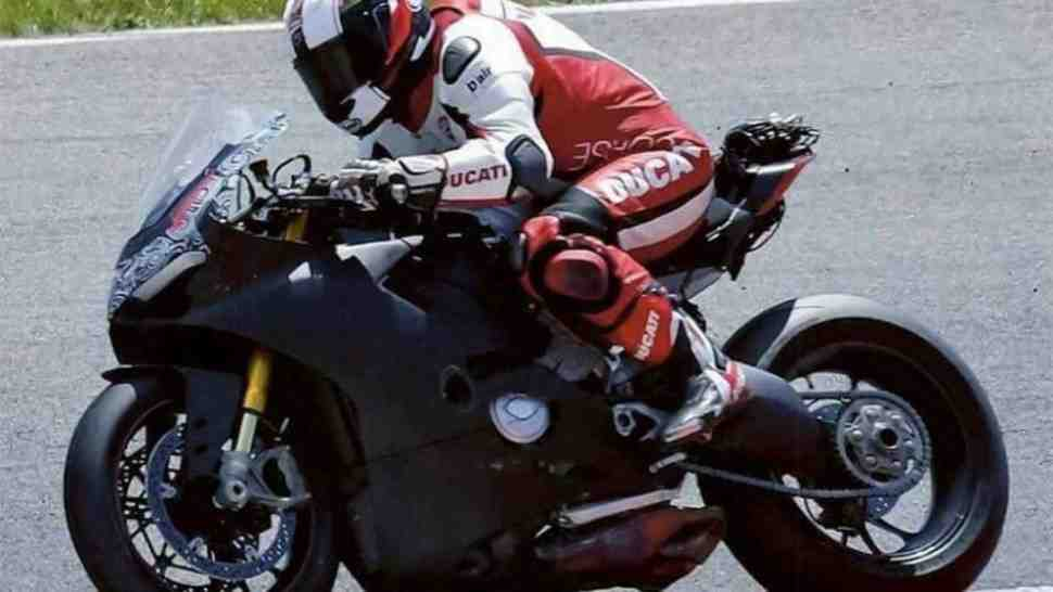 Ducati V4 Superbike замечен на тестах. Дебют на EICMA-2017?