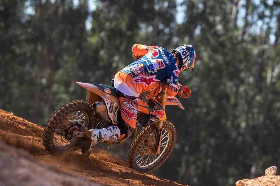 Мотокросс MXGP: Херлингс - победитель 1-го заезда в Португалии