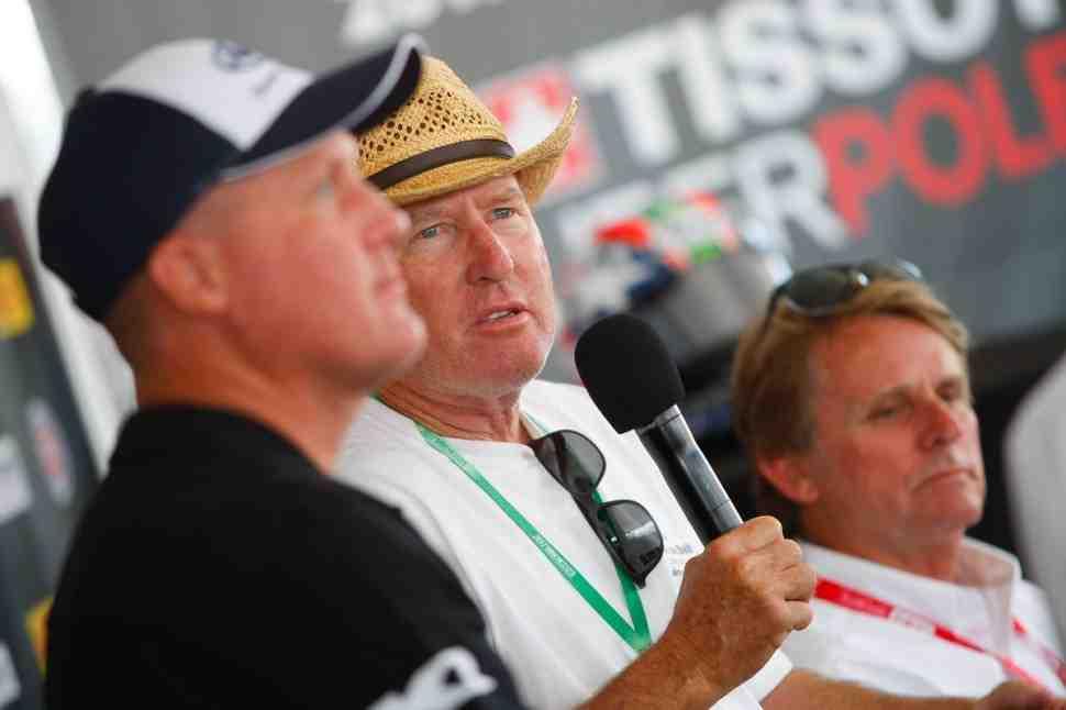WSBK: Кенни Робертс и Робертс-младший - о вызовах, которые бросает Laguna Seca