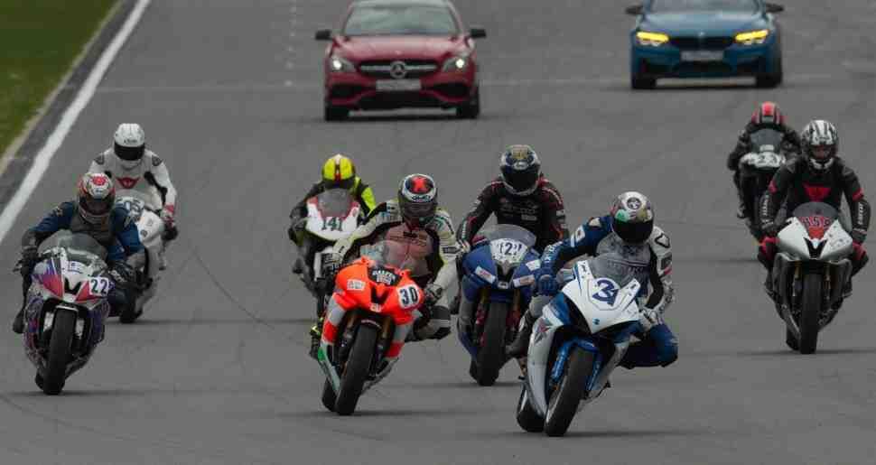 Фавориты Чемпионата Московской области по мотогонкам определились на Moscow Raceway