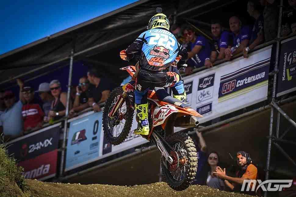 Мотокросс: Гран-При Чехии MXGP - победа за Кайроли