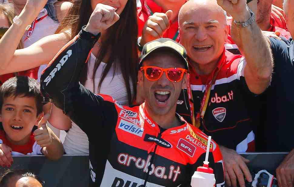 WSBK: Марко Меландри остается с Ducati