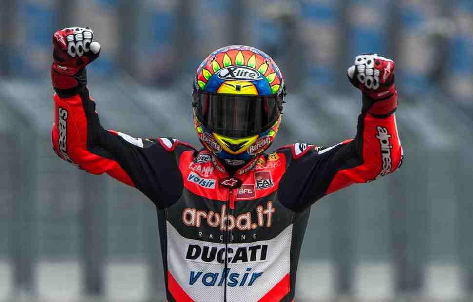 WSBK: Ducati берет двойной подиум - Девис делает победный дубль в Германии