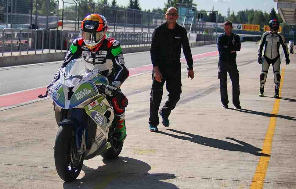 Superbike: Де Анжелис и Вест стартуют в финале Чемпионата Московской области