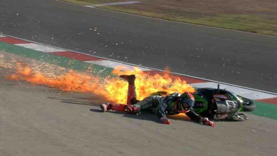 WSBK: FP3 в Портимао была прервана падением Тома Сайкса