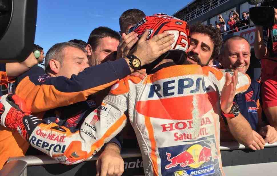 MotoGP: Игра началась! Маркес выиграл квалификацию Гран-При Валенсии