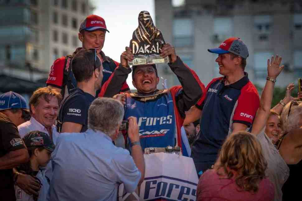 Действующий чемпион ралли «Дакар» Сергей Карякин возвращается в гонку 2018 года