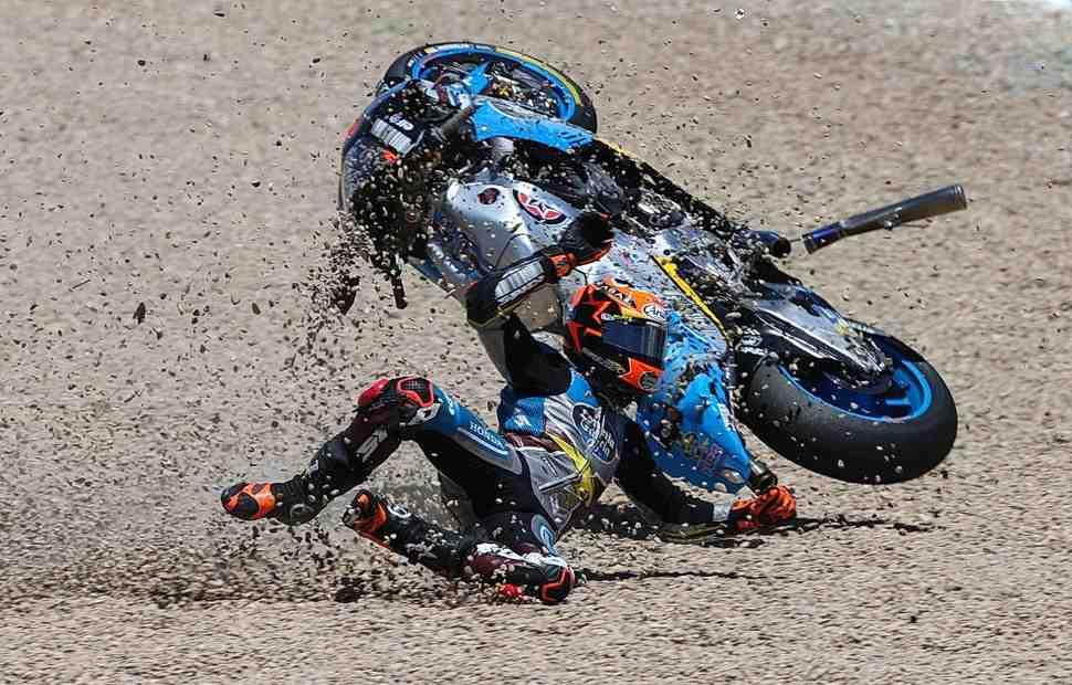 Рейтинг неваляшек: MotoGP ставит новый рекорд аварий - статистика и ее цена
