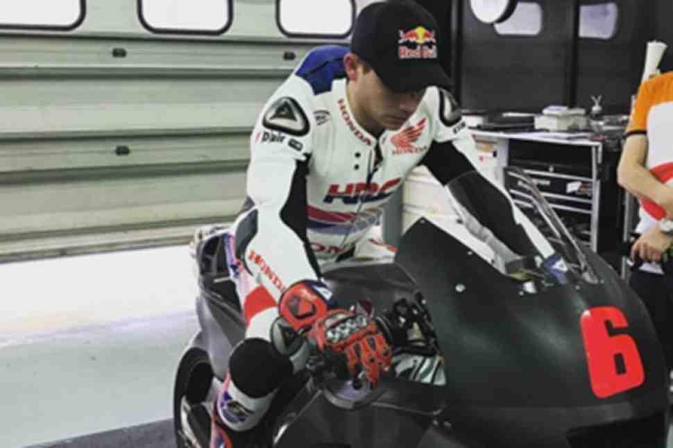 Штефан Брадль вернулся за руль Honda RC213V на тестах IRTA MotoGP