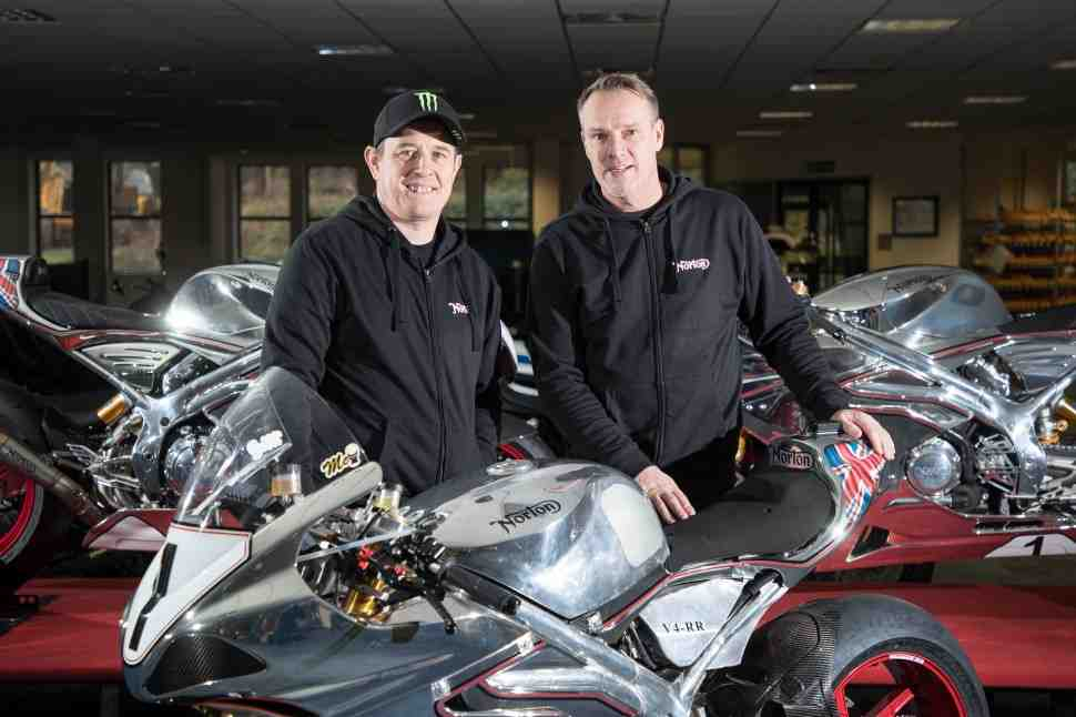 МакГиннесс вернется на Isle of Man TT с Norton
