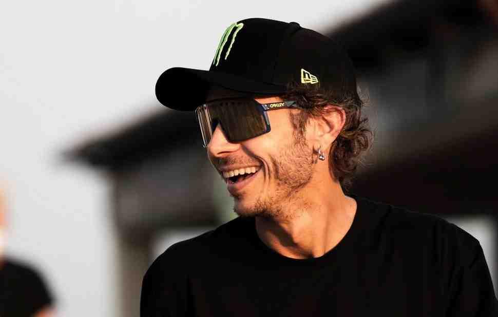 MotoGP: Валентино Росси переживает свое отсутствие в Арагоне: Yamaha быстры, а я - дома...