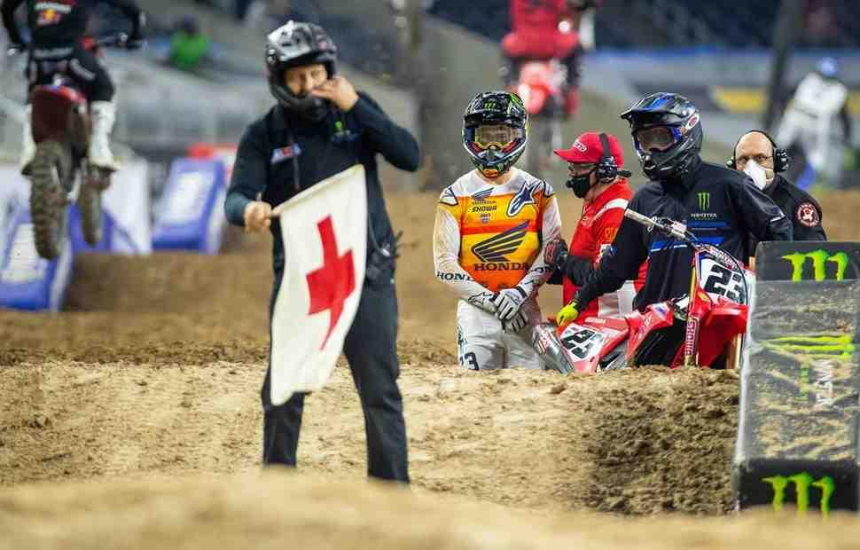 Тот самый момент: Чейз Секстон пропустит 3-й этап AMA Supercross из-за травмы