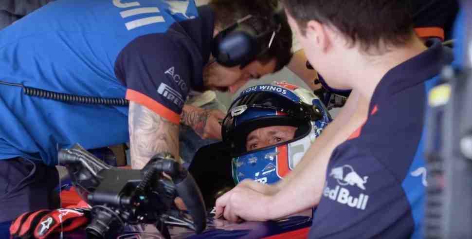 Из MXGP в Формулу-1: Антонио Кайроли в болиде F1 - первые круги по Red Bull Ring