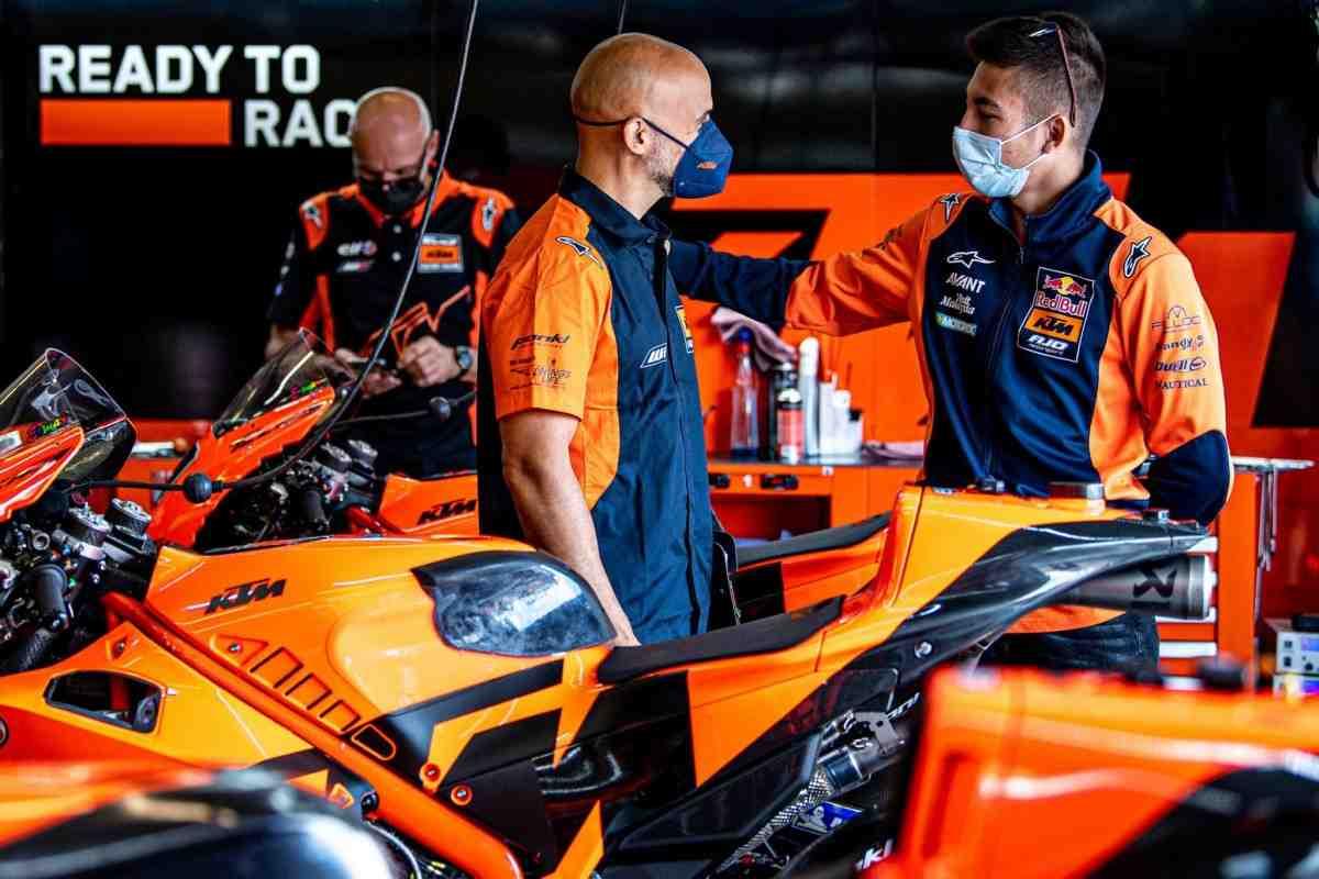 Реми Гарднер и Рауль Фернандес получили первый опыт в MotoGP на тестах с Tech 3 в Мизано