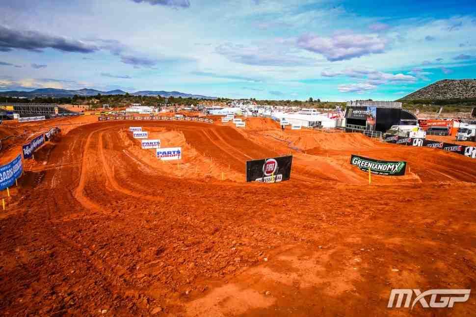 Мотокросс: видео квалификации Гран-При Валенсии MXGP/MX2 - Red Sand