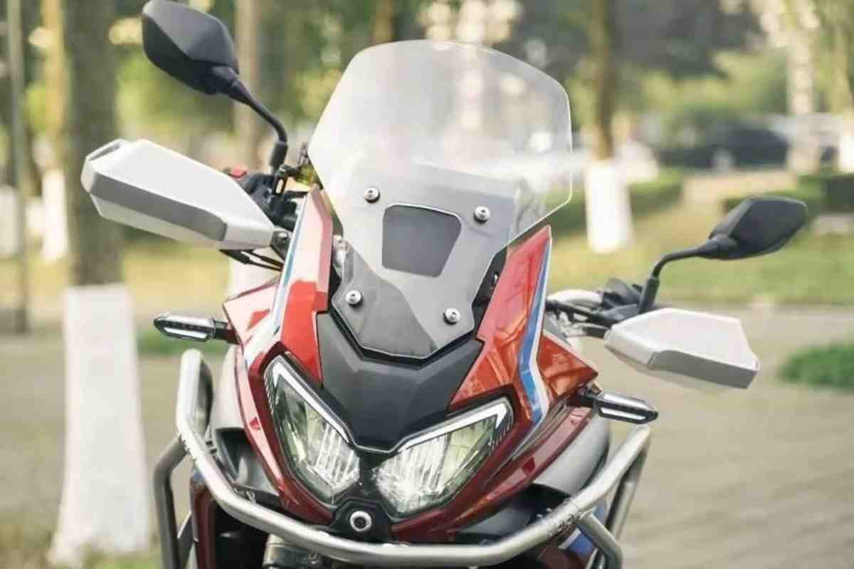 �����: ��������� ���� Honda Africa Twin - Dahaidao 500 GS-ADV � ����� �� 1000 ��