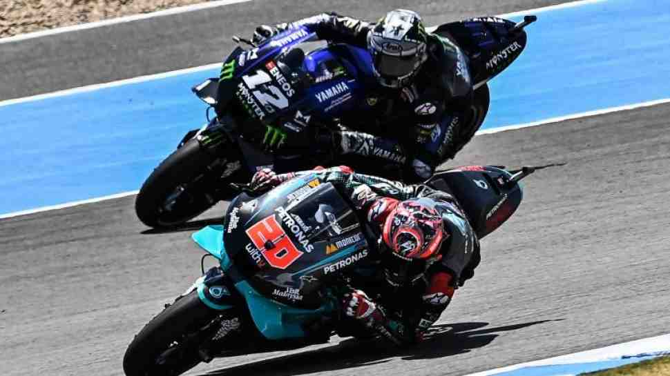 MotoGP: Кратчлоу и Ринс не показали хорошего времени круга из-за боли на FP1 AndalusiaGP