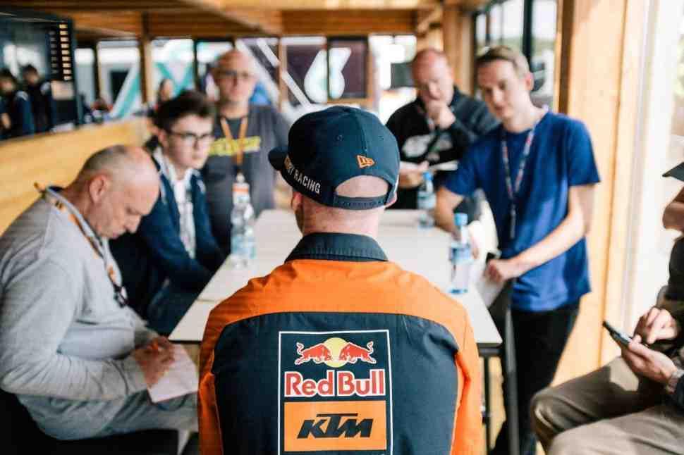 Смит отказался от предложений KTM в MotoGP