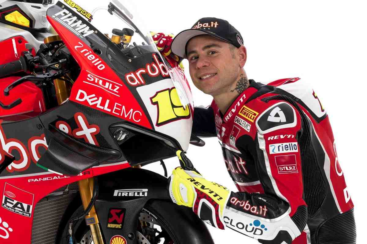 ����������: Honda ���������� � ������� ��������� - �� ������������ � Aruba.it Racing Ducati WorldSBK