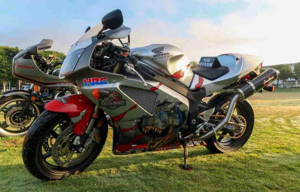 Honda выставила два редких мотоцикла на аукцион в помощь Фонду борьбы с детской онкологией