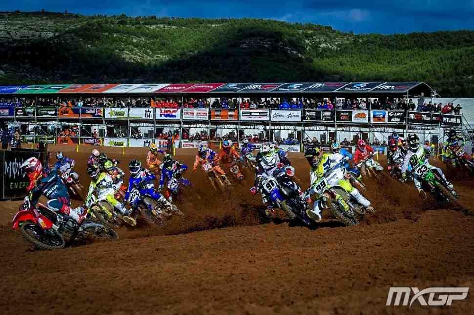 Мотокросс: видео Гран-При Валенсии MXGP/MX2 - Red Sand