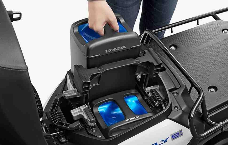 Honda, Yamaha, Suzuki и Kawasaki создали промстандарт сменного АКБ для электромотоцикла