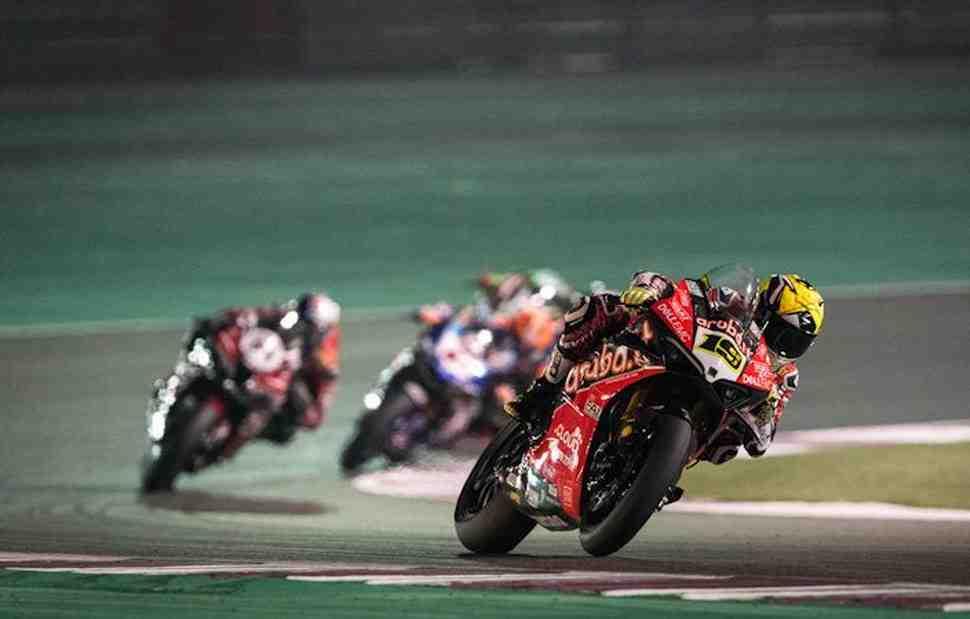������ Ducati ��������� ������� � ���������� ���� � ��������� ������ WorldSBK