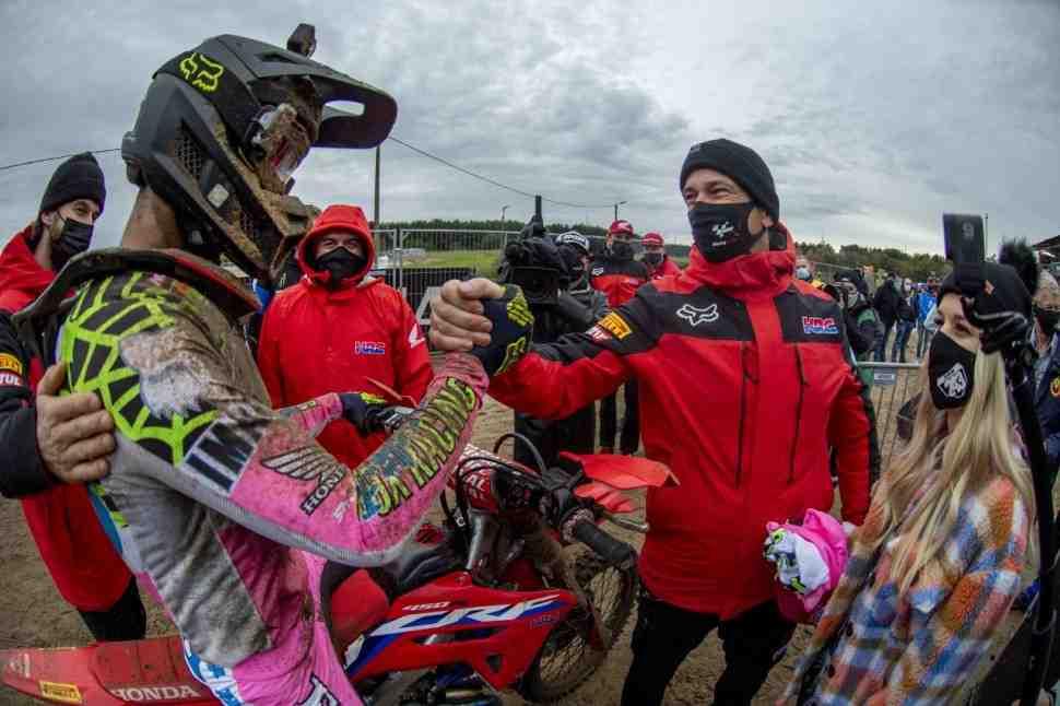 Мотокросс MXGP:  победа, несмотря на падение - Тим Гайзер доволен результатом в Ломмеле