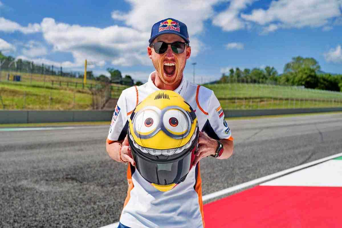 MotoGP: Пол Эспаргаро выйдет на старт Гран-При Италии в шлеме миньона - прикольные фото