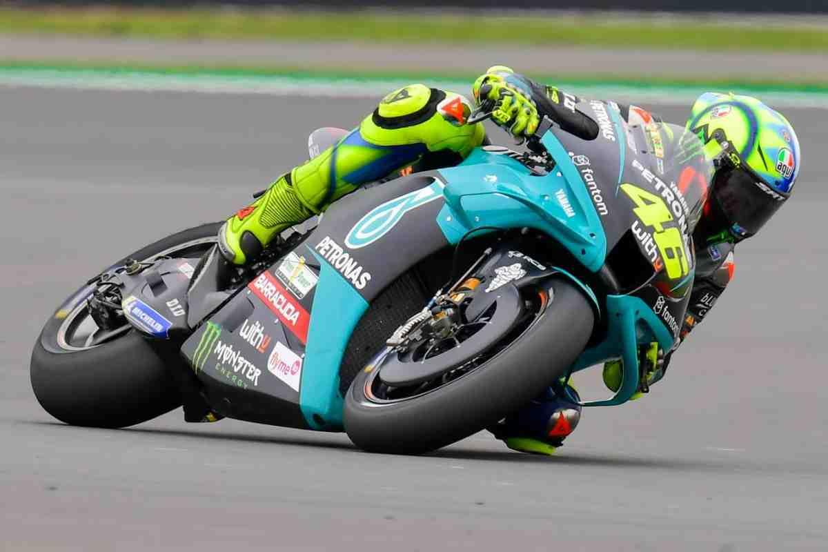 MotoGP BritishGP: Валентино Росси вернулся в любимые охотничьи угодья - чего ждать от гонки?