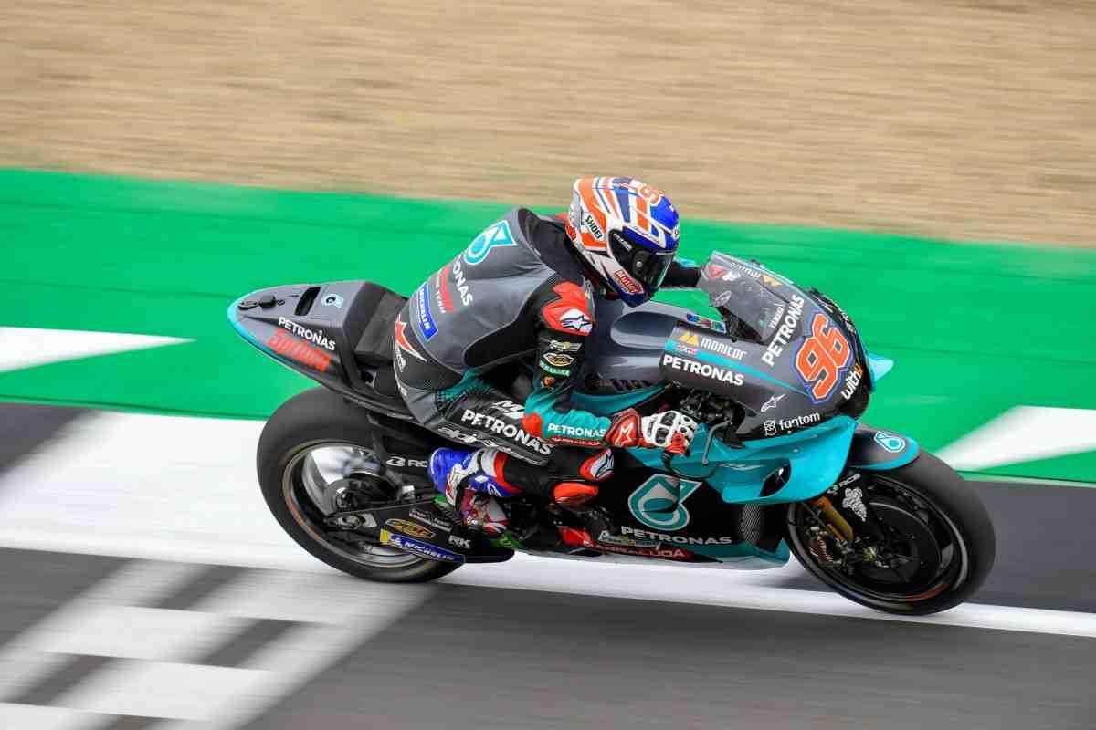 Новобранец MotoGP Джейк Диксон удивил экспертов - завершил FP2 BritishGP не последним!