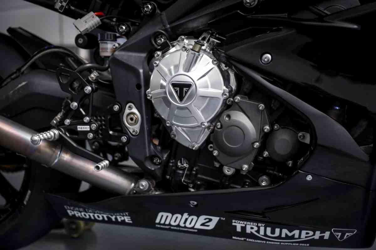 Triumph продлил контракт с Dorna и FIM на поставку двигателей в Moto2