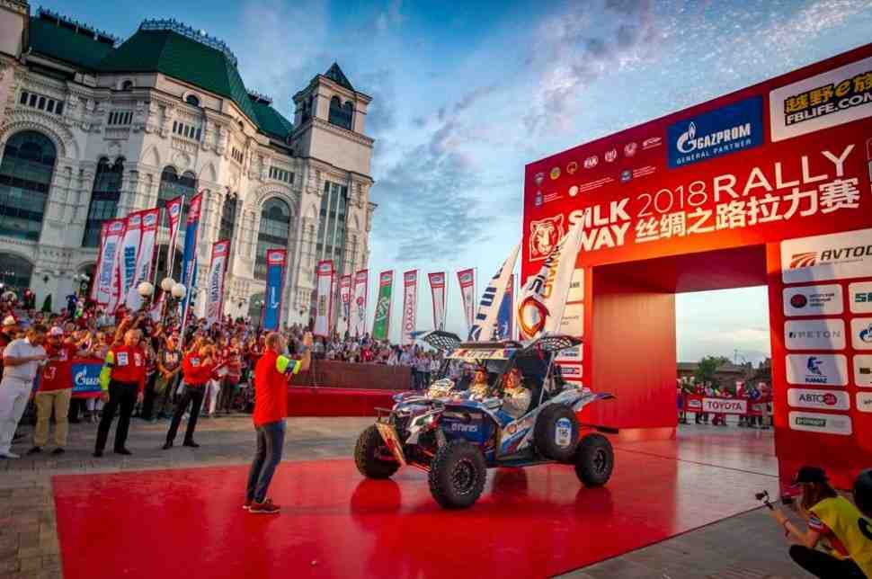 Сергей Карякин стал сильнейшим россиянином ралли «Шелковый Путь» в категории Car