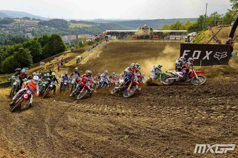 Мотокросс MX2: Гран-При Чехии в Локете - результаты 1-го заезда