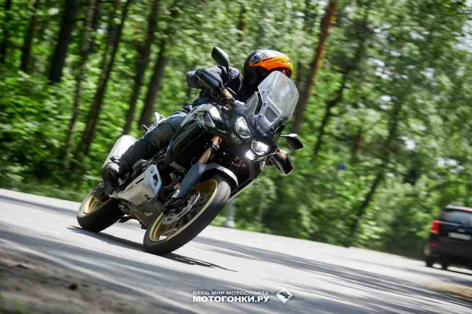 Тест-драйв Honda CRF1100D4L Adventure Sports - часть 2: уйти в электронику