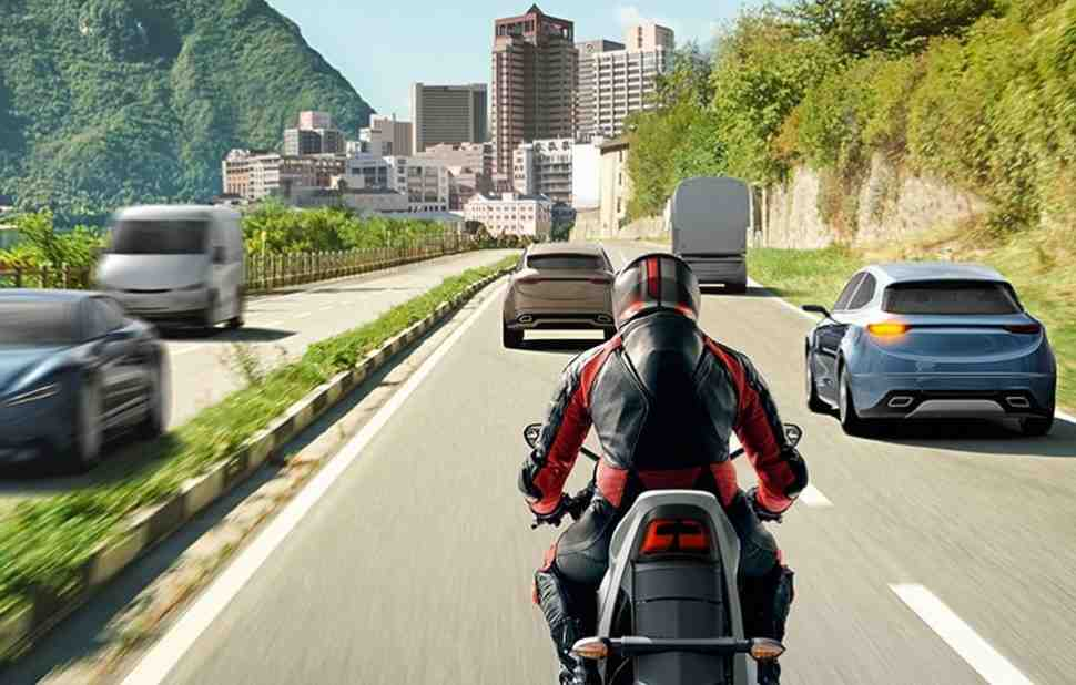 Honda, BMW, KTM, Yamaha, Suzuki � Triumph ������ ���� ��������� �������� ��� � ������������