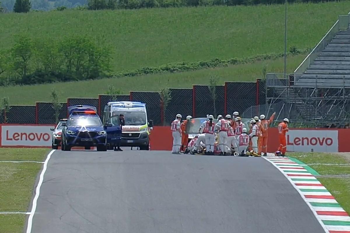 Большая авария на квалификации Гран-При Италии в классе Moto3 - информация обновляется