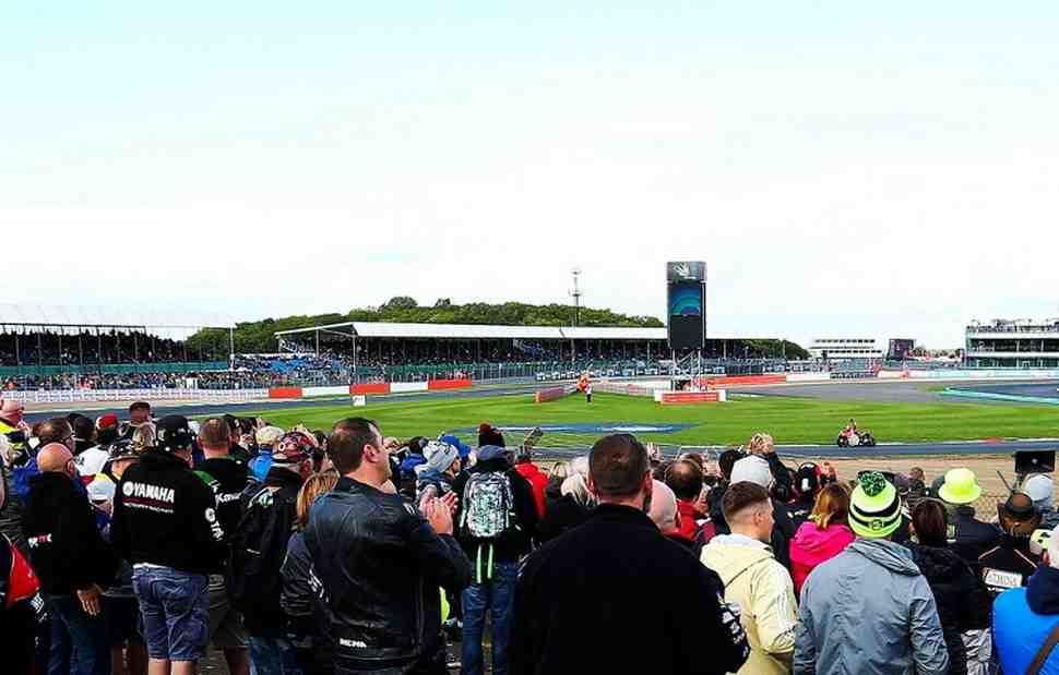 MotoGP: Silverstone попытается вернуть деньги за билеты на отмененный BritishGP