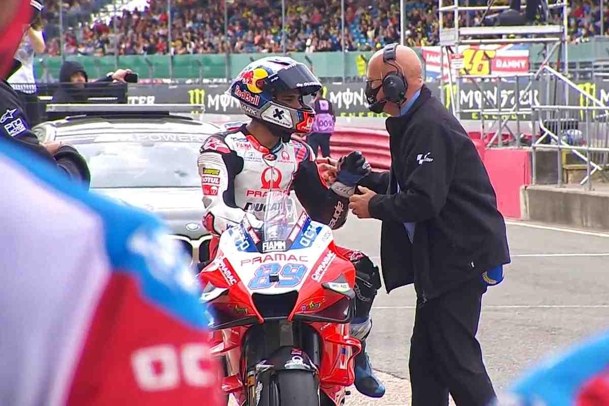 MotoGP: Хорхе Мартин объяснил свой трюк со срезкой на квалификации BritishGP