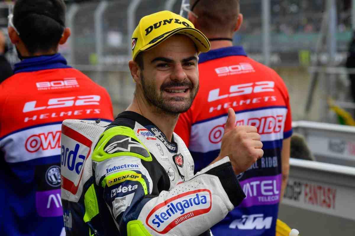 Результаты квалификации BritishGP в классе Moto3: Романо Фенати доминирует в Сильверстоуне