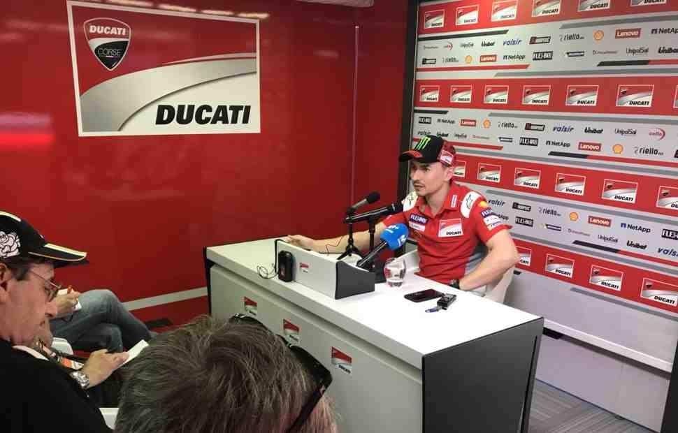 MotoGP: Лоренцо посетовал на нечистую игру соперников в погоне за поул-позицией DutchTT