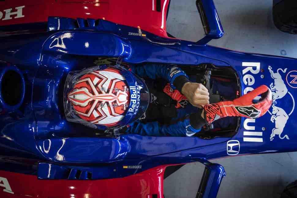 Из MotoGP в Формулу-1: Видео - Марк Маркес тестирует Toro Rosso F1