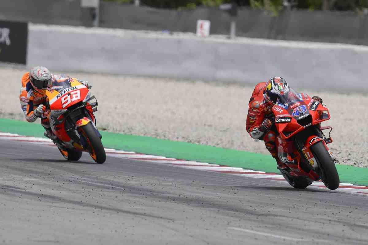 MotoGP: Энеа Бастианини - Марк Маркес сейчас реально не едет!