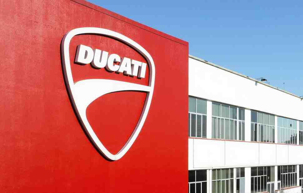 Ducati ������ 95-� ��� ����� �������: �� �������������� �� Superleggera V4